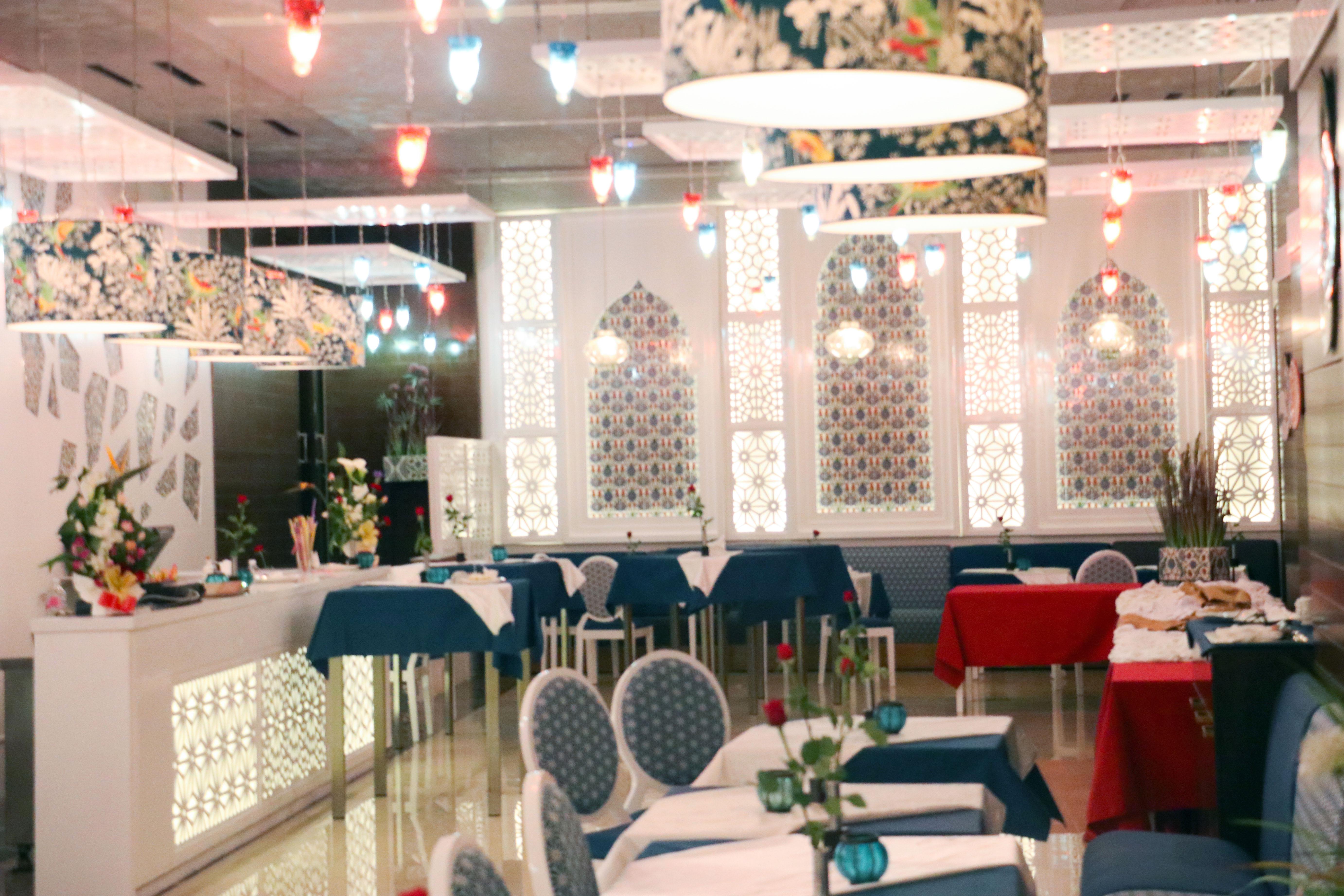 Restaurant-ELHARAMLEK-160419-22.jpg