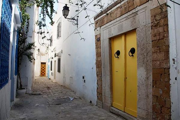 Les bons plans airbnb des chambres d 39 h tes la m dina de for Chambre bleue tunis