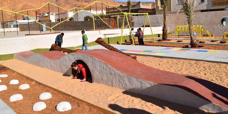 En photos : Les enfants de Gafsa découvrent la nouvelle aire de jeux à El Guettar