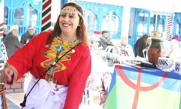 En vidéo : Des Mergoums, des bijoux amazigh et de la gastronomie berbère à l'honneur