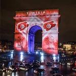 L'Arc de Triomphe illuminé aux couleurs du drapeau tunisien à l'occasion du Mondial du Hand Ball 2017