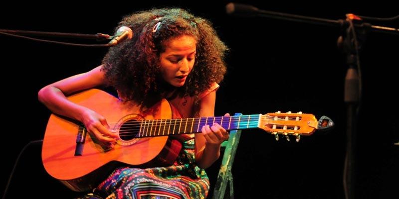 La Tunisienne Badia Bouhrizi remporte le Aga Khan Music Awards
