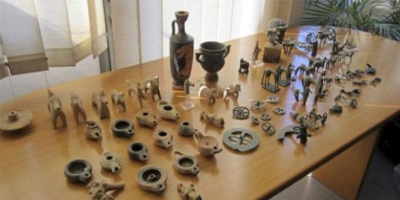 جندوية : حجز قطع أثرية بأحد المنازل بقرية بلطة