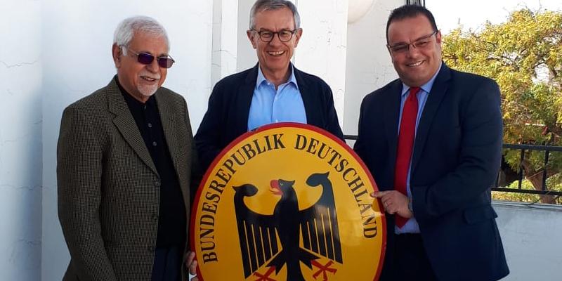 فرحات بن تنفوس قنصل فخري لجمهورية ألمانيا الاتحادية