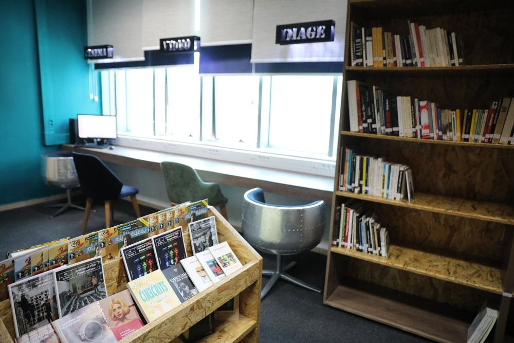 bibliotheque-080121-4.jpg