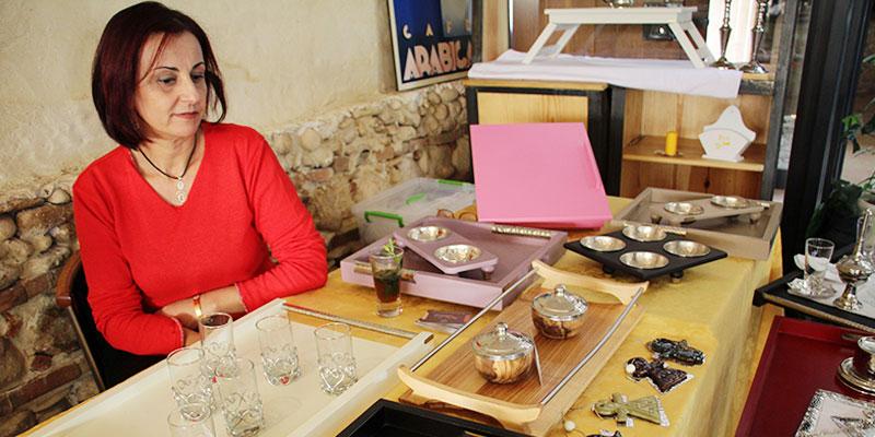 En vidéo : Salwa Bouzaiene parle de l'exposition 'Les Artisanes font leur show'