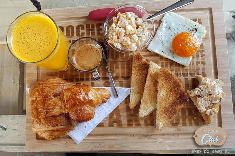 cafeclub-030717-5.jpg