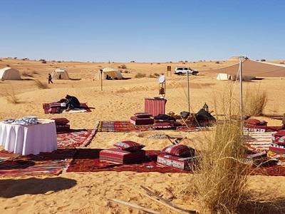 Un camp typique en plein cœur du désert tunisien