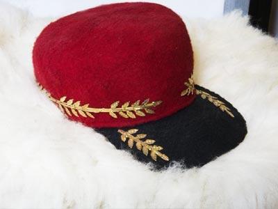 Quand la Chéchia tunisienne se transforme en casquette tendance