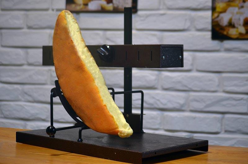 cheesein-130118-2.jpg