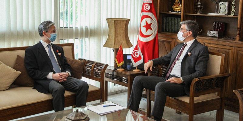 نحو تطوير الاستثمارات الصينية في تونس و امكانية بعث خط جوي مباشر بين البلدين
