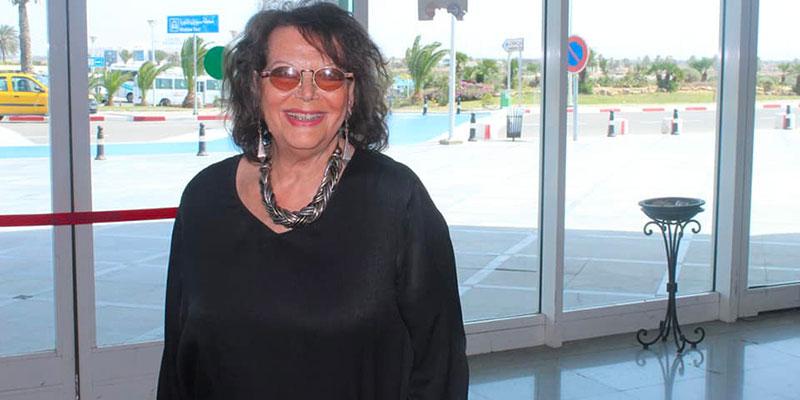 En photos : Claudia Cardinale arrive à Djerba