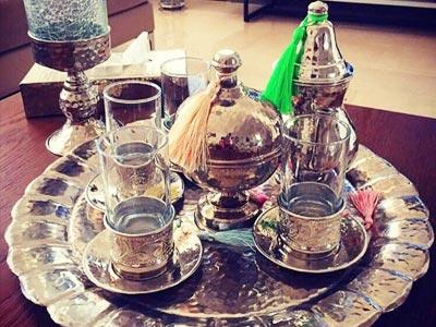 En photos : Ces services à thé et à café en cuivre à shopper pour vos soirées de Ramadan