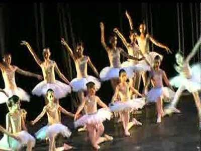 Nouveau Ballet de Danse Tunisienne Décembre Dansé