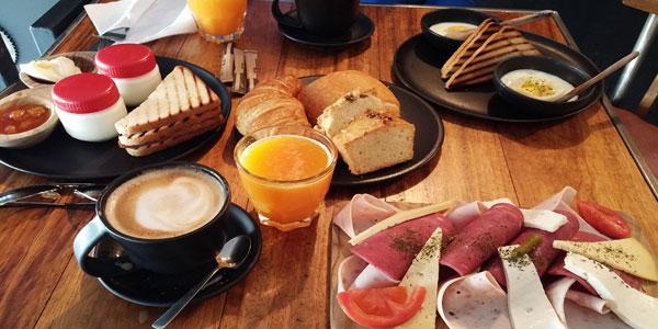 Où prendre un bon petit-déjeuner à el Menzah et Ennaser ? Les adresses de TUNISIE.co