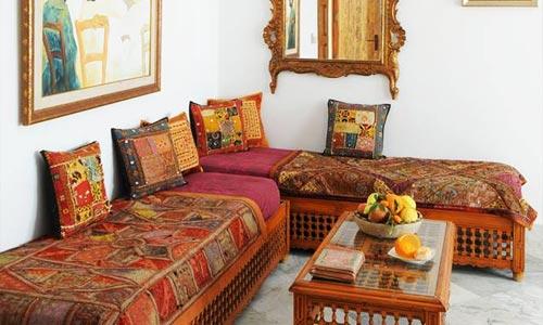 En photos d couvrez dar ellamma la nouvelle maison d for Decoration maison tunisienne