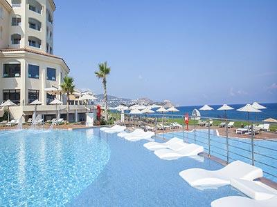 Vous rêvez de piscine ? Voici les plus beaux bassins pour barboter cet été !