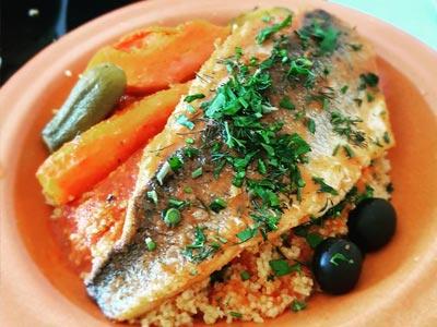 En vidéo : Quand ce français déguste le couscous au poisson pour la première fois