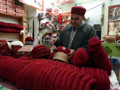 Des costumes pour l'équipe nationale de football confectionnés par les artisans de la médina de Tunis