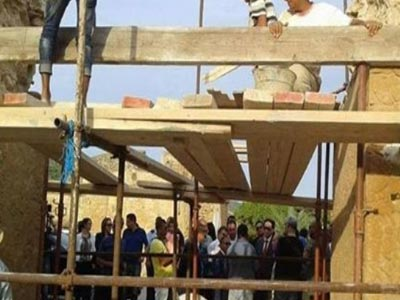 En Photo : La reconstruction de l'arc historique a démarré à Ghar El Melh