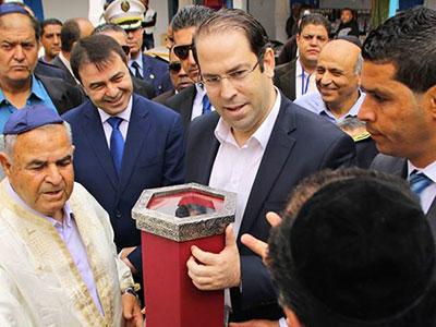 En photos : Youssef Chahed à La Ghriba pour un message de paix et de tolérance