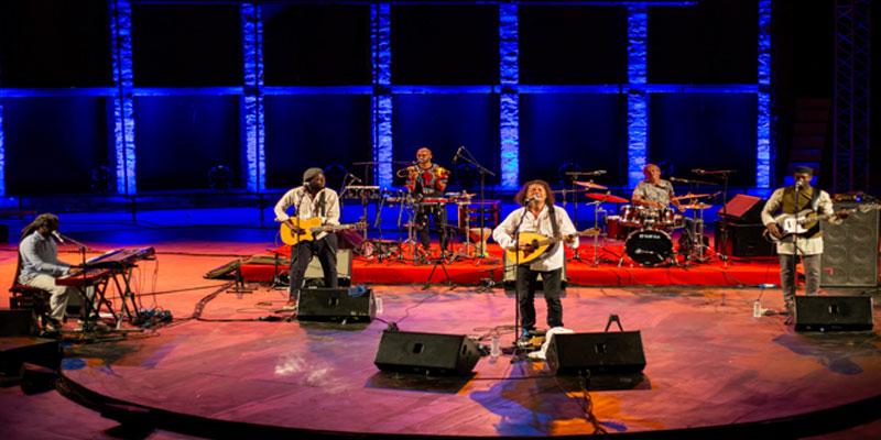 مهرجان الحمامات الدولي :عرض عزيز سحماوي و جامعة قناوة