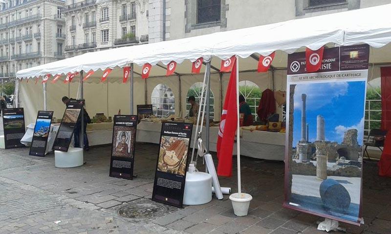 En photos le jardin de ville de grenoble s 39 anime avec les journ es de la tunisie - Restaurant jardin de ville grenoble ...