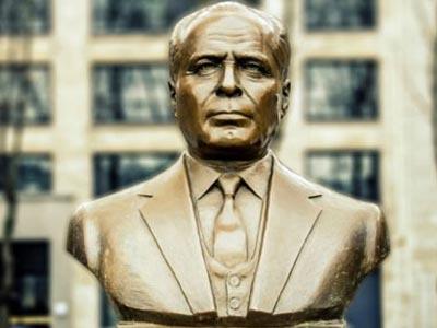 En photos : Les statues de Habib Bourguiba