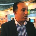 M. Souhail Ben Hamda présente le stand de Bizerte au MIT 2012