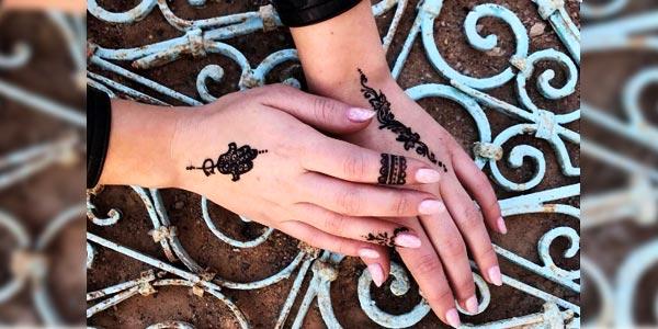 Ces youtubeuses canadiennes qui se sont tatouées�?� au Harkous
