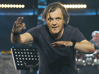 En photos : Emir Kusturica & The No Smoking Orchestra, les Bêtes de scène