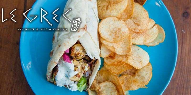 Explorez le savoureux sandwich Gyros chez Le Grec, la nouvelle adresse à la Marsa