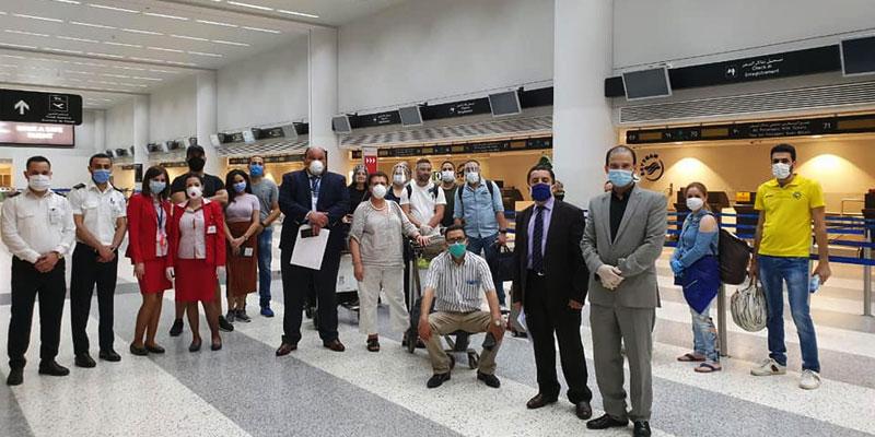 اجلاء 31 مواطن تونسي كانوا عالقين بلبنان