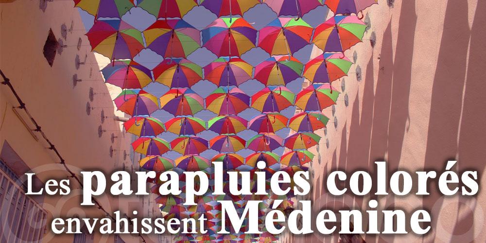 Les parapluies colorés envahissent Médenine