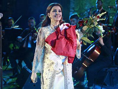 En photos : L'amour de Mejda Roumi pour la Tunisie