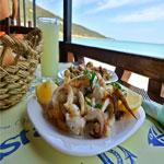 Un iftar au bord de la mer au restaurant Rasta Cabana à Sidi Ali El Mekki