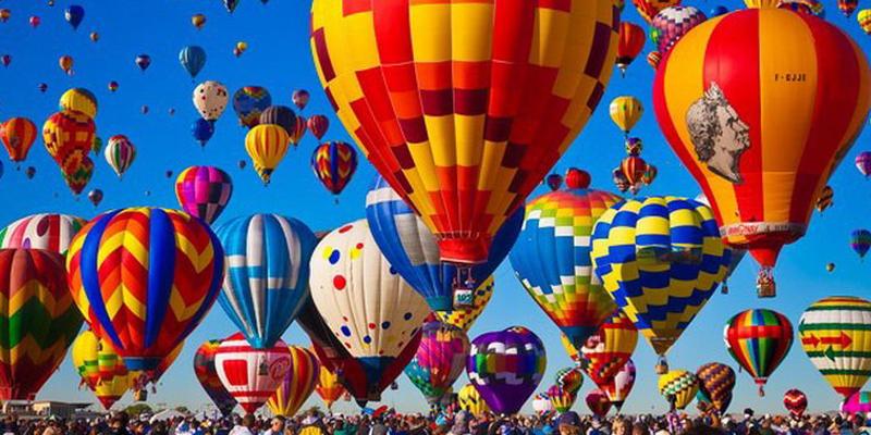 Une première en Tunisie, un festival de montgolfière colore le ciel de Gafsa