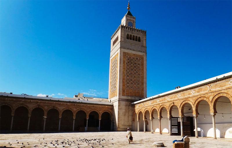 جامع الزيتونة في تونس العتيقة