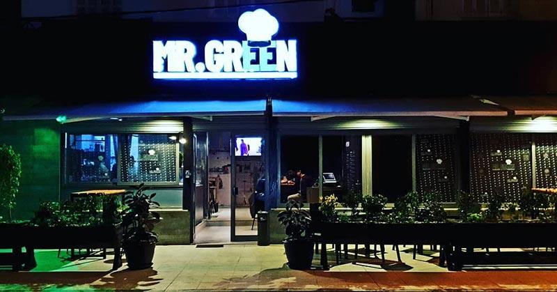 mrgreen-160418-16.jpg