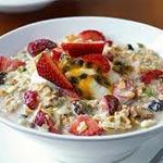 Recette : Bircher Muesli Bio idéal pour le Sahour, le petit-déjeuner et le dessert !