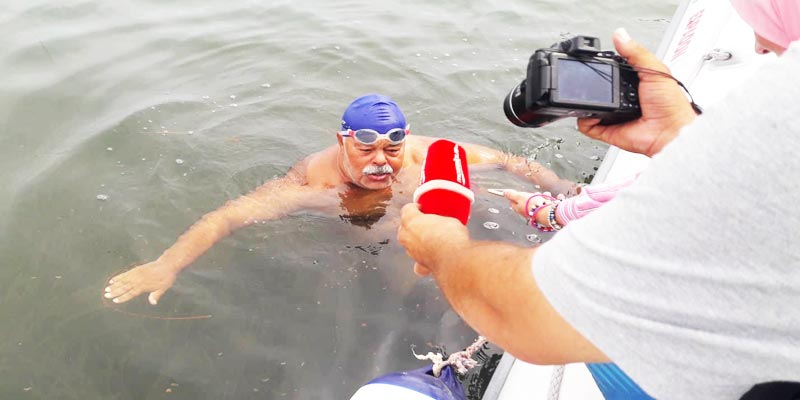 En Vidéos : A 66 ans Néjib Belhedi réussit son record historique