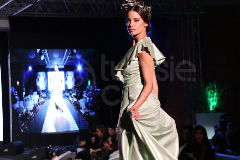 Découvrez le défilé de mode organisé à l'occasion de la soirée ''l'Huile d'Olive Tunisienne, au-delà des saveurs''