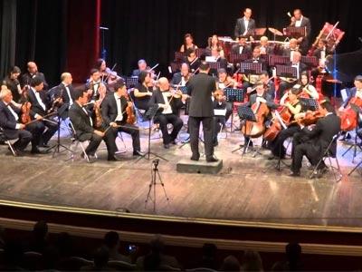Création de l'Orchestre de l'Opéra de Tunis sous la direction de Rachid Koubaa