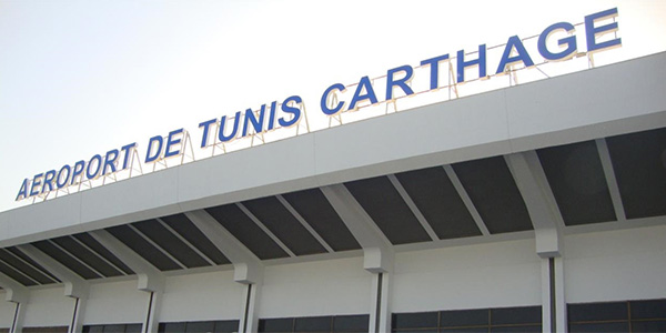 Perturbation de la circulation devant l'aéroport Tunis Carthage