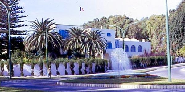 Pique-nique des anciens de Carnot, PMF et Mutu à la résidence de France le 6 mai