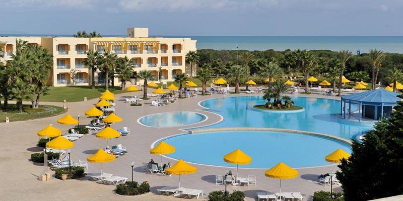 Où Se Baigner Dans Une Piscine D'Hôtel à Tunis ? Adresses, Tarifs Et