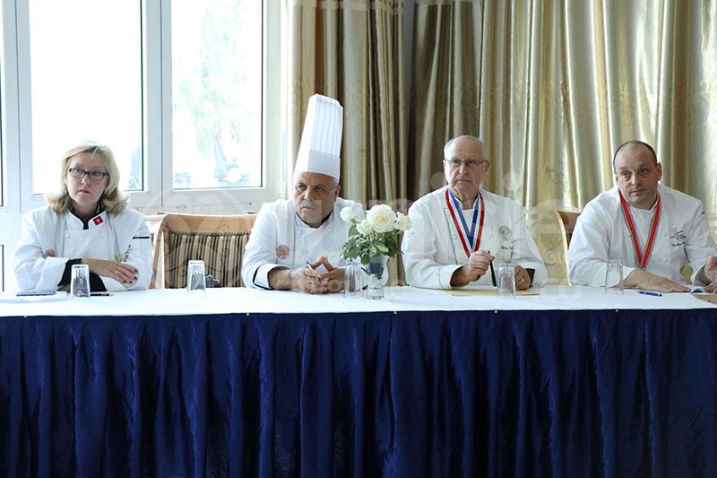 Les plats et le jury national de cuisine de la Chaîne des rotisseurs