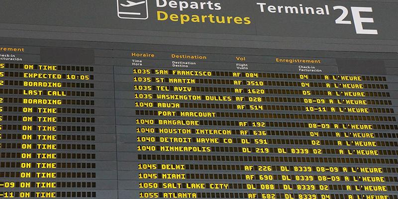 Quelle est la compagnie la plus ponctuelle à l'aéroport de Lisbonne ?
