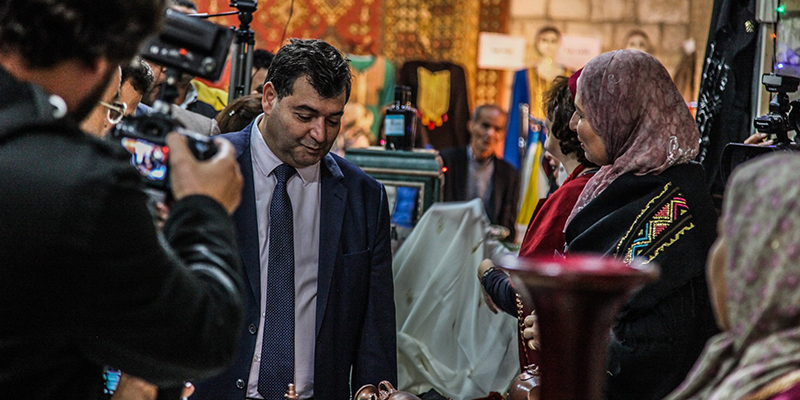 روني الطرابلسي يدعم السياحة الثقافية والدينية بالقيروان
