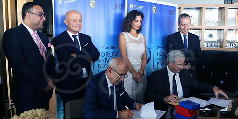 La Saison Bleue: signature de l'accord entre les clusters tunisien et français